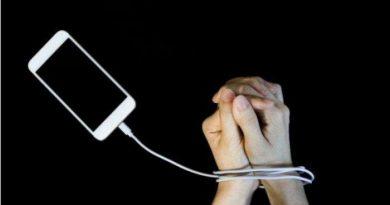 Dari Positif hingga Jadi Candu, Berikut Penjelasan Stikes Telogorejo Tentang Dampak Internet