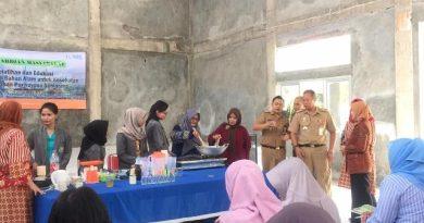 Pelatihan Dan Edukasi Pemanfaatan Bahan Alam Untuk Kesehatan di Kelurahan Purwoyoso Semarang